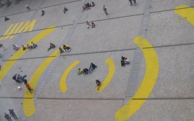 De ciudades, empresas y telecomunicaciones